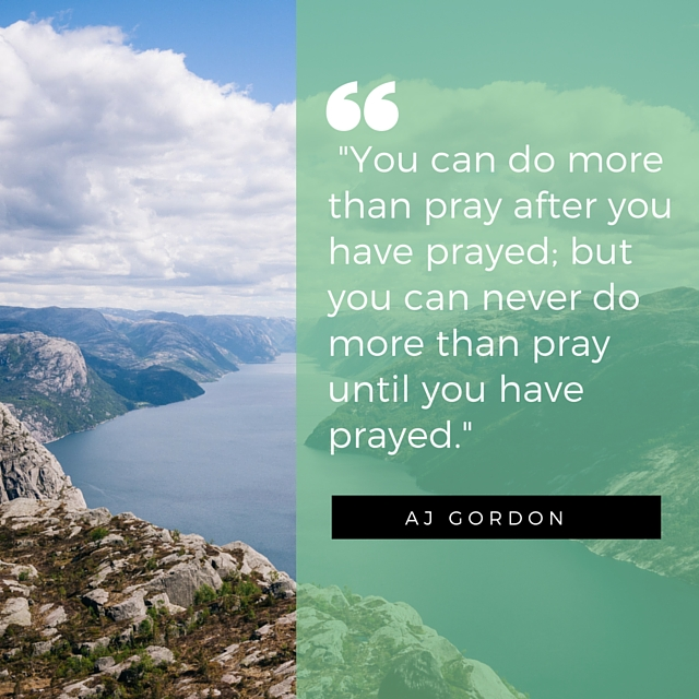 5 Ways to Remember to Pray for Someone - Cord of 6